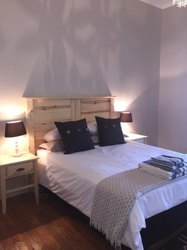 Guest Bedroom in Lara's, Roodepoort Farm, Clarens